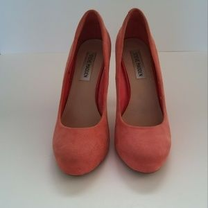 [Steve Madden] Remmedy Coral Suede Pumps (Size 8)